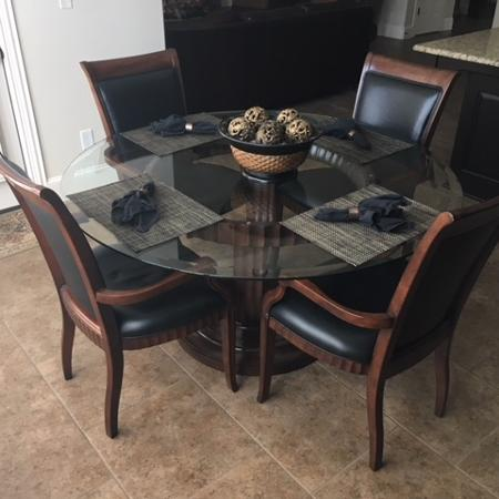 5 Piece Wood Kitchen Table Set With Round Beveled Glass Top