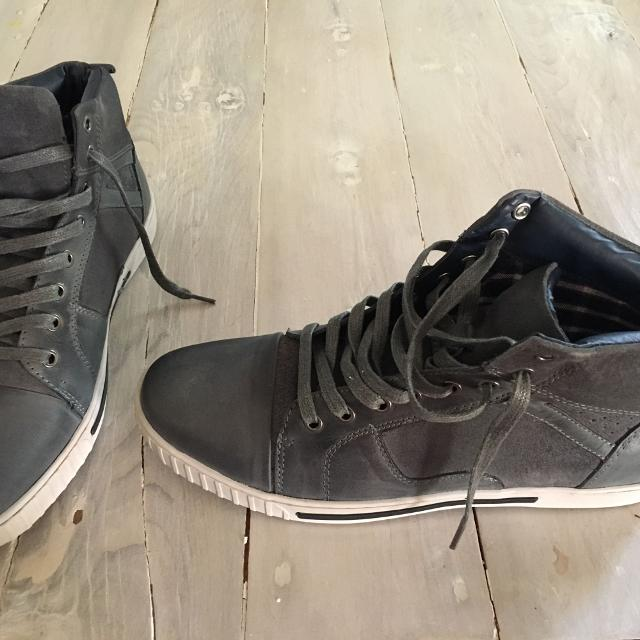 71eb5bf1fd9 Find more Men s Size 13 Steve Madden Gray Leather Excellent ...