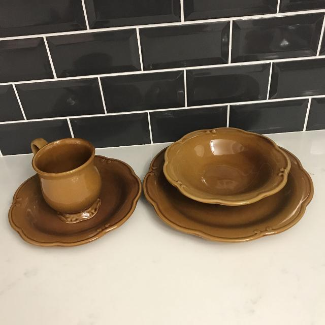 Find more Brown Bombay Dish Set Of 12 for sale at up to 90% off