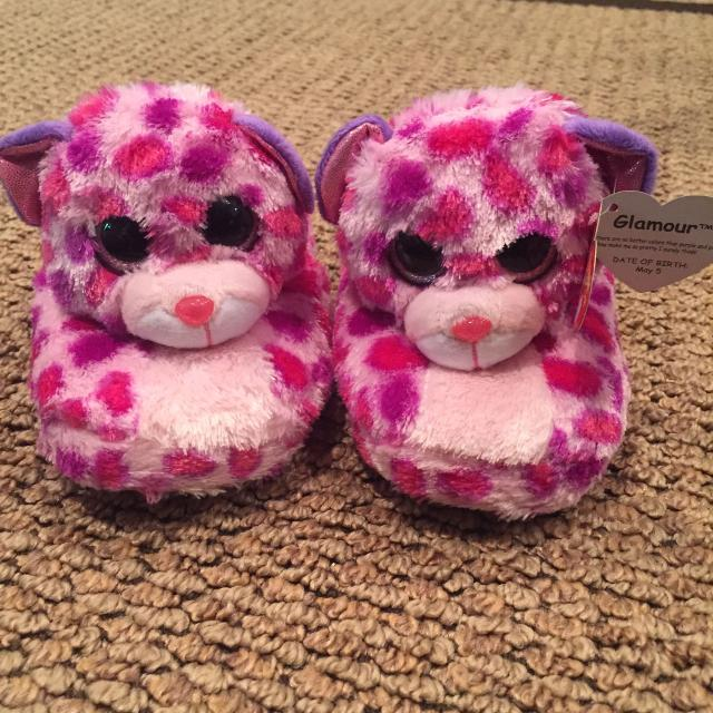 Find more Girls Beanie Boo Slippers for sale at up to 90% off e687215bdaf4