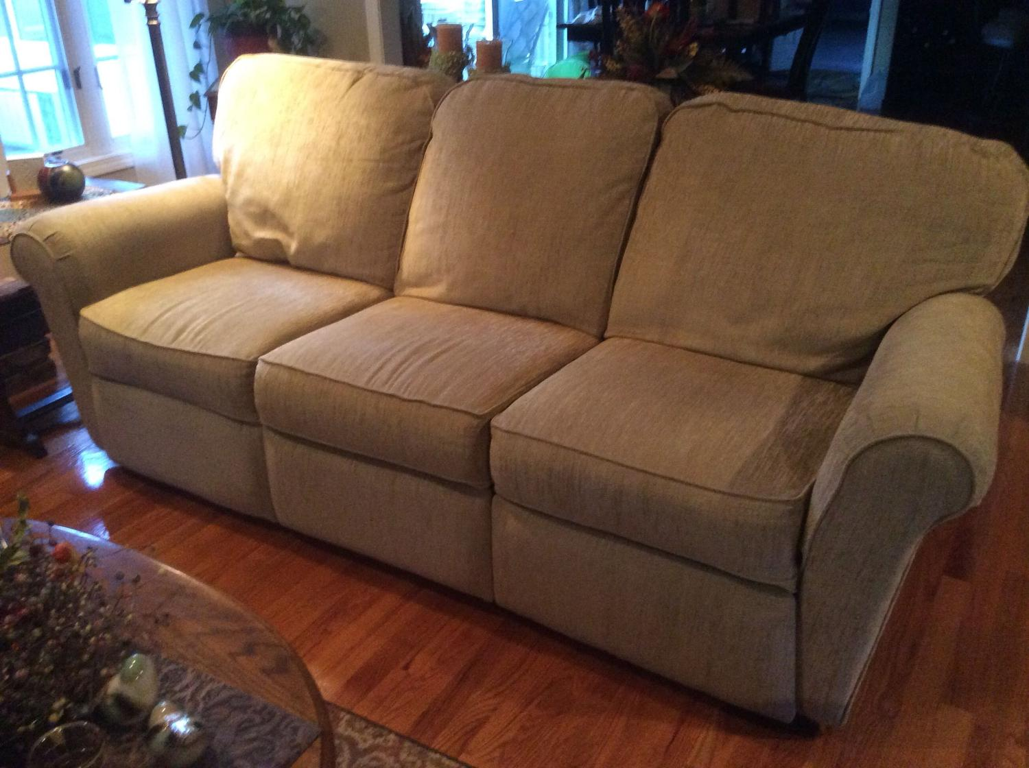 Find More Lazy Boy Sofa With Double Recliners For Sale At