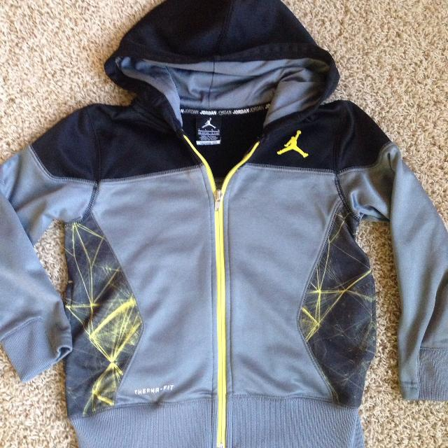 16d96781251d Find more Nike Air Jordan Hoodie Sz 7 for sale at up to 90% off