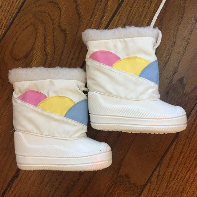 ee803fe7cf35 Best Girls Winter Boots for sale in Keswick
