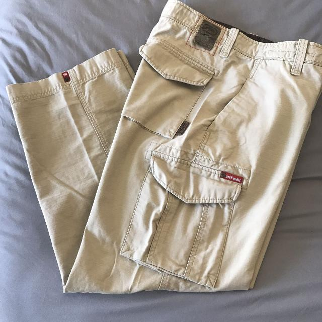 5753876354 Best 31x32 Ecko Unlimited Cargo Pants. Euc for sale in Dekalb County,  Illinois for 2019