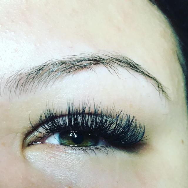 Best European Certified Specialist In Eyelash Extensions And Gel ...