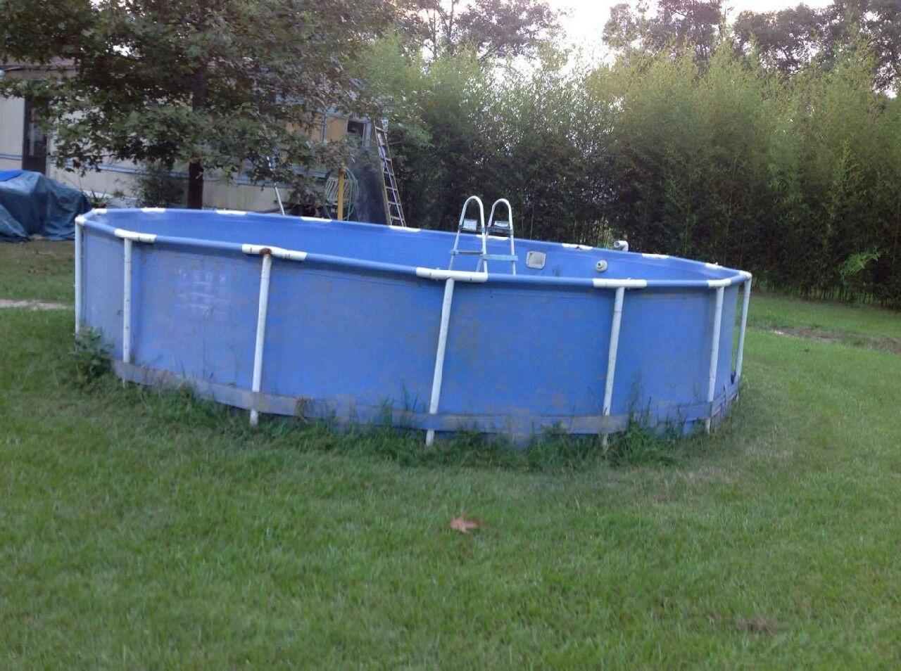 Best 20 Foot Above Ground Swimming Pool Includes Pumps And Ladder For Sale In Baton Rouge