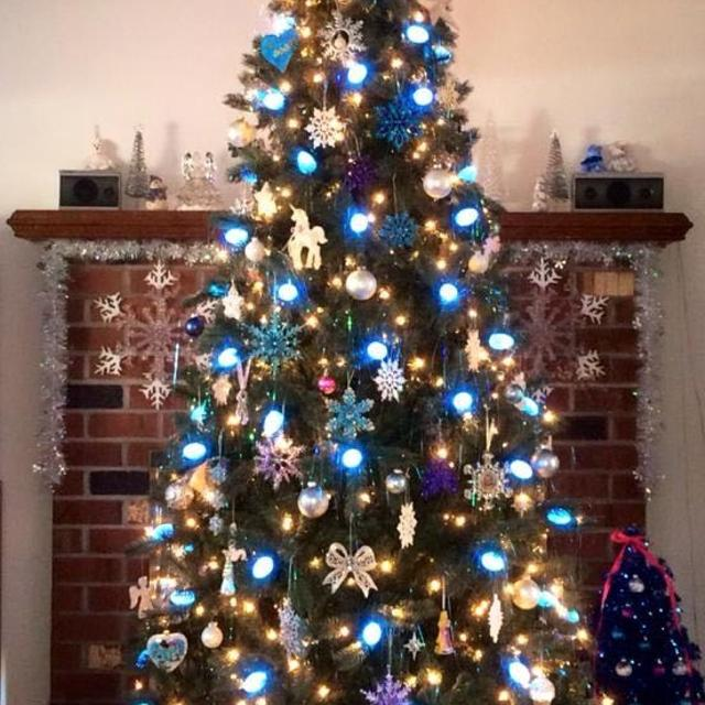 Find more Itwinkle Christmas Tree for sale at up to 90% off