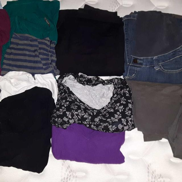 7357ad20f99ae Best Maternity Clothing Lot for sale in Quinte West, Ontario for 2019
