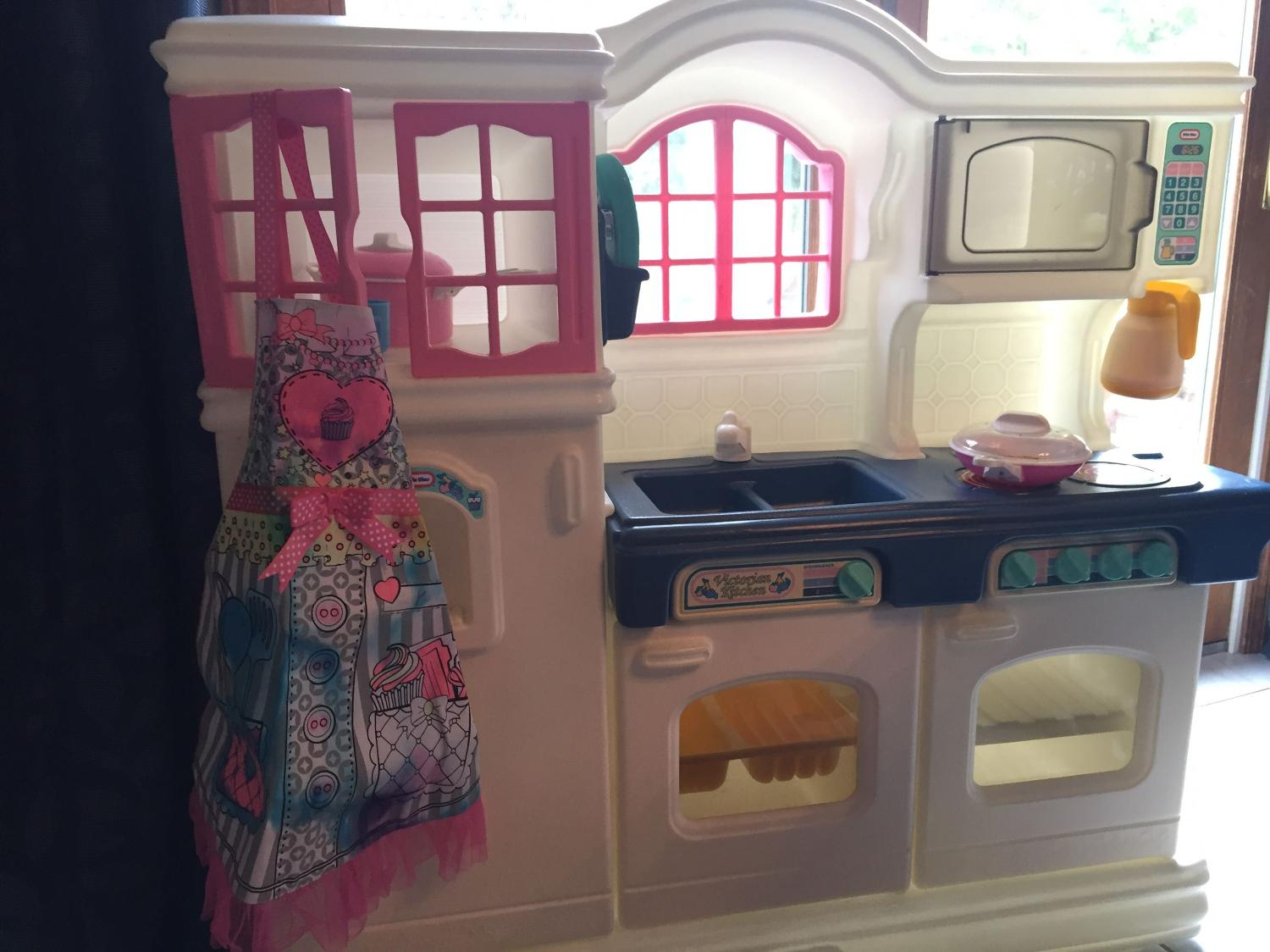 Find More Little Tikes Victorian Kitchen Set With Accessories For Sale At Up To 90 Off