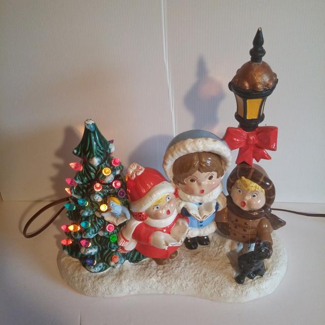 Vintage Lighted Ceramic Christmas Tree Need Repair