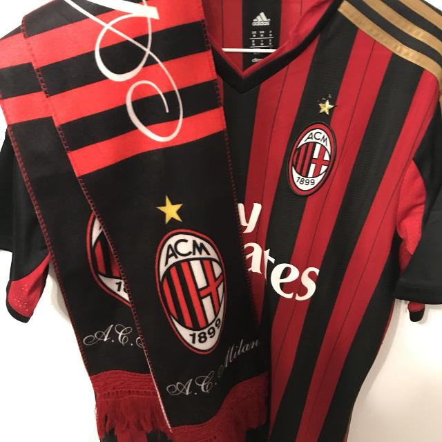 detailed look df644 662d2 Authentic Ac Milan jersey with scarf