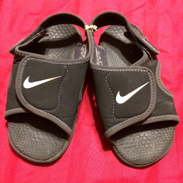 Find more Nike Sandals water Shoes Size 8-reduced! for sale at up to ... 6f6b62eb2