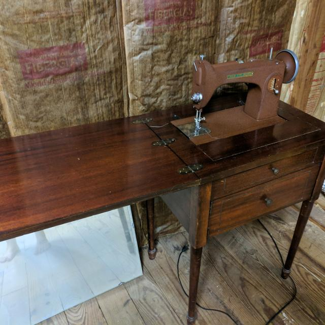 Best Vintage New Home Sewing Machine For Sale In Piatt County Amazing New Home Sewing Machine Antique