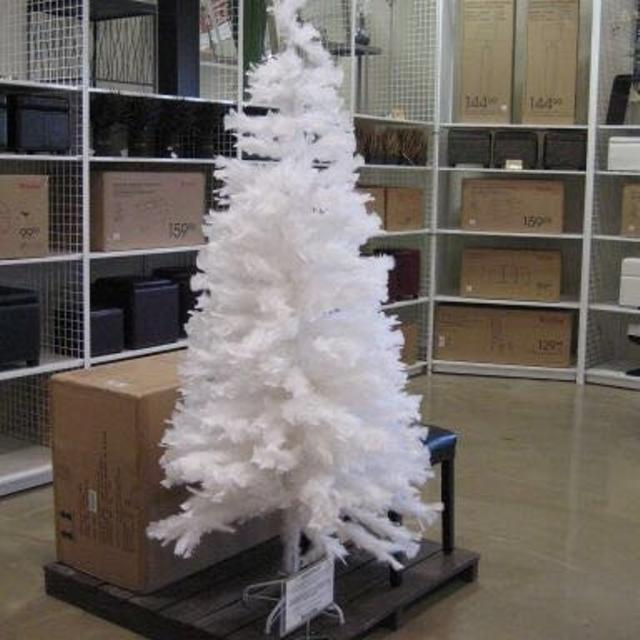 7 foot decorative white feather christmas tree