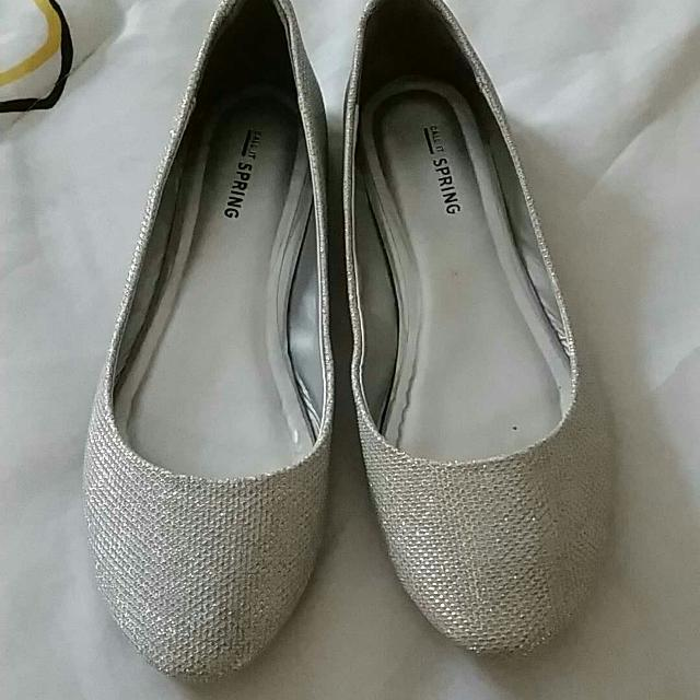 41caaac96ad7 Find more Women's Call It Spring Flat Silver Sparkle Shoes for sale ...