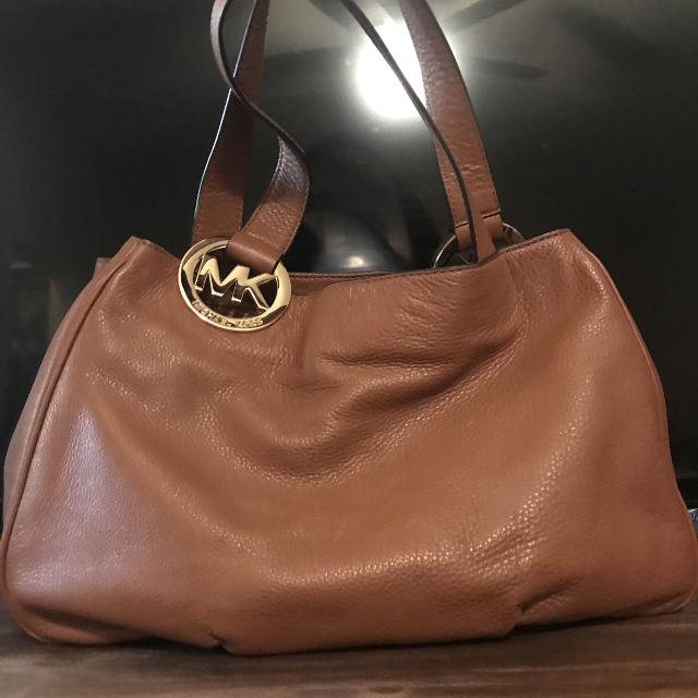 48cfff427783 Best Authentic Michael Kors Purse Asking $125 Firm Poms for sale in  Potranco Road, San Antonio, Texas for 2019