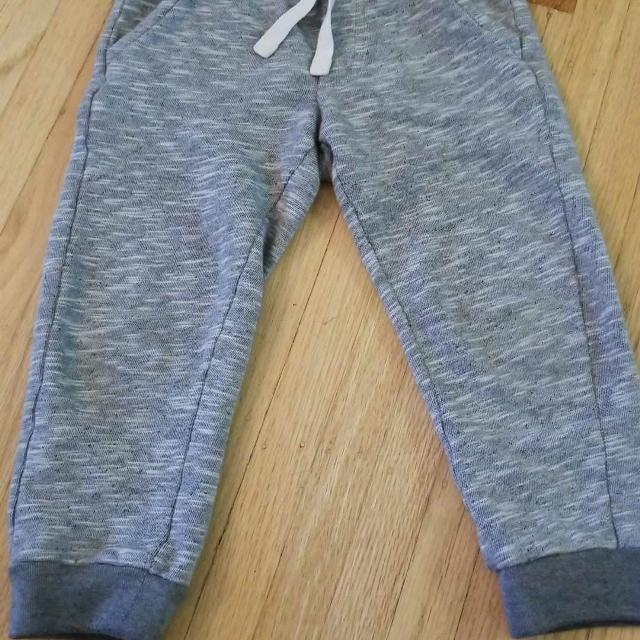 e23136510 Find more Euc Sz 3t Baby Gap Toddler Boy Sweat Pants for sale at up ...