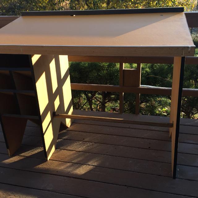 Best Drafting Tablestanding Desk For Sale In Pullman Washington - Drafting table standing desk
