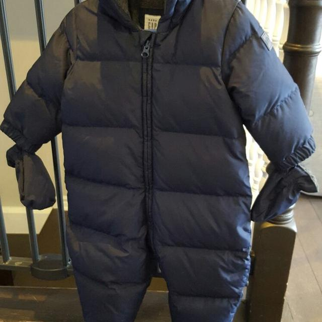 ae2459aa4 Find more Baby Gap Down Puffer Snowsuit In Navy Blue for sale at up ...
