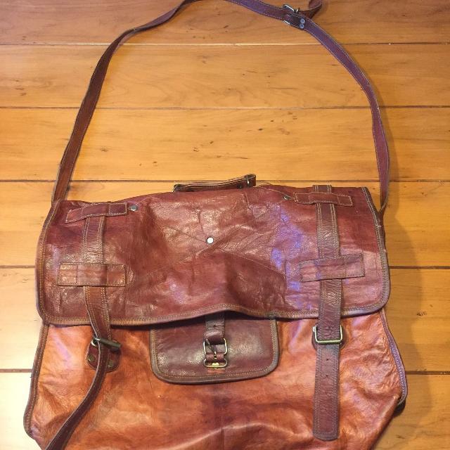 Used Men S Vintage Leather Messenger Bag