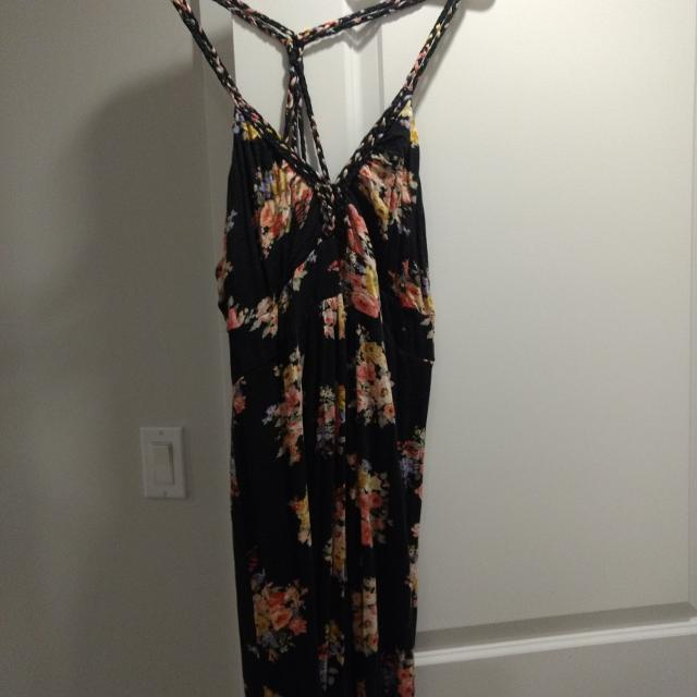 4e4d91b59e Find more Forever 21 Maxi Dress for sale at up to 90% off - Victoria