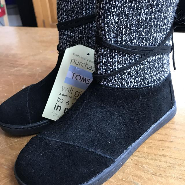 dc7abbe4d11 Best Toms Girls Boots for sale in Duncan