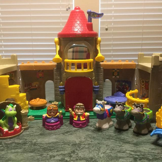 find more fisher price little people castle for sale at up to 90 off