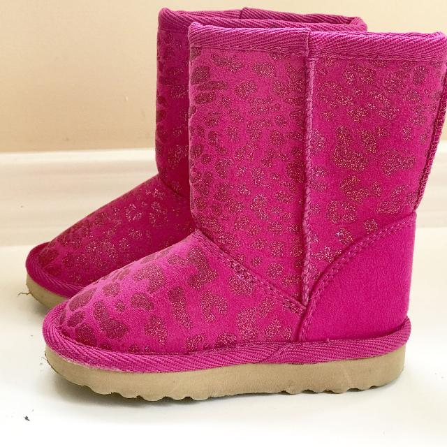 cb20f69f88b Toddler Girls The Children's Place Animal Print Fuzzy Lined Ugg Style Boots  - Sz 5