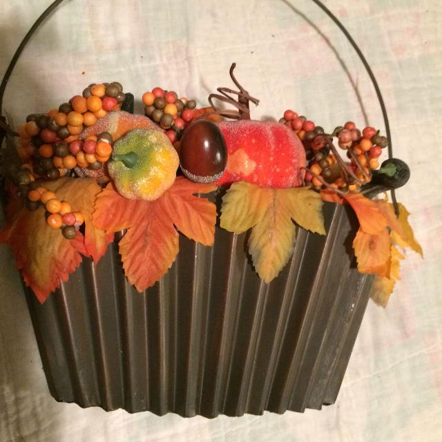 #214 fall floral arrangement artificial flowers metal hanging basket 10-1/2""