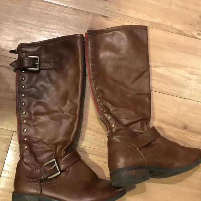 e09dc8343631 Find more Girls Tall Brown Leather Boots for sale at up to 90% off