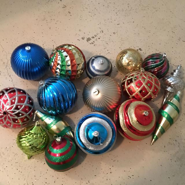 outdoor large plastic ornaments used once 1000 pkup sh reduced to 500 - Used Outdoor Christmas Decorations For Sale