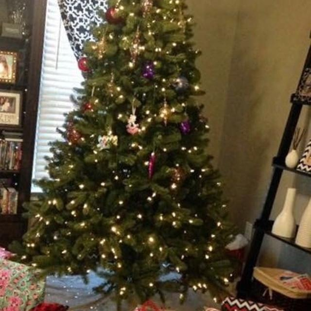Find more Fraser Fir Pre Lit Christmas Tree for sale at up to 90 ...