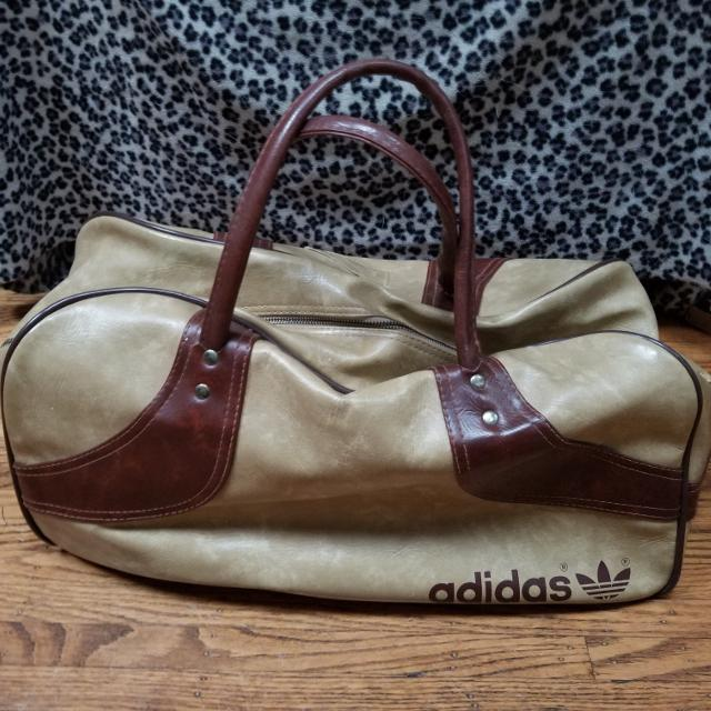 bb1556f2a9c3 Find more Vintage Adidas Bag for sale at up to 90% off