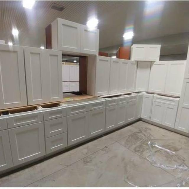Brand New Overstock Leftover Full Wood White Shaker Kitchen Cabinets