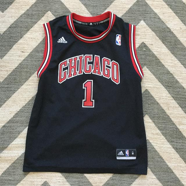 best sneakers 5166c 0dc6f NBA Chicago Bulls Derrick Rose Number 1 Jersey size M