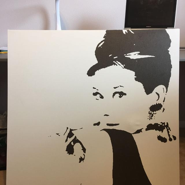 Best Audrey Hepburn Canvas. Small Indention On Her Face. 35\