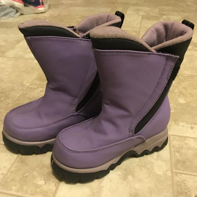 a460cbde364 Find more Lands End Sz 9 Girls Boots for sale at up to 90% off