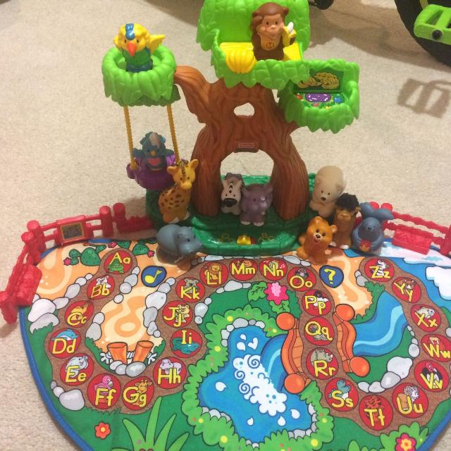 Find more Weekend Sale $20 - Euc Little People Alphabet Zoo Mat for ...