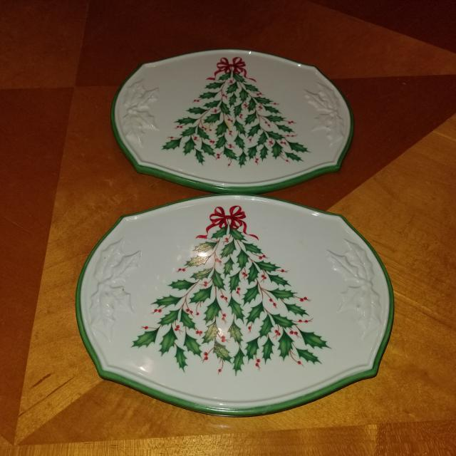 Best 2 Holiday Lenox Christmas Trivets for sale in Richmond, Virginia for 2019