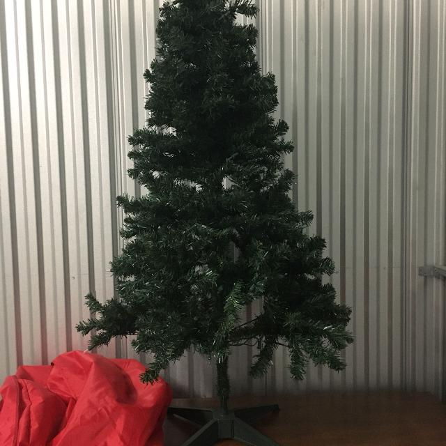 Find more 4 1/price Drop! 4 Ft Pre Lit Xmas Tree W/ Red And White ...
