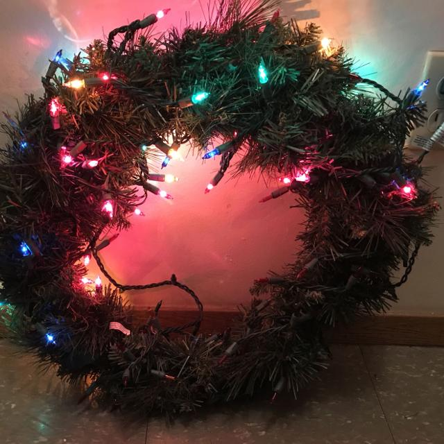 "Best 45"" Pre Lit Wreath (only Half Of Lights Work) for sale in ..."