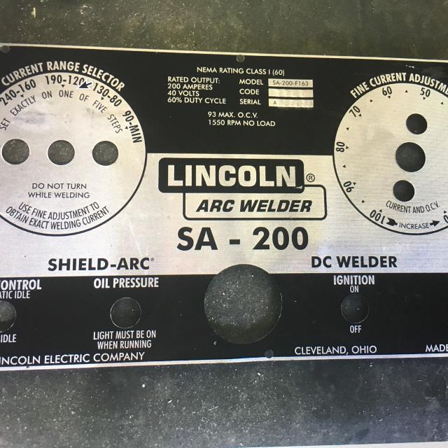 1976 Lincoln SA-200 Welding Machine