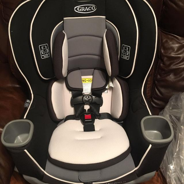 Graco Extend2fit 3 In 1 Convertible Car Seat New