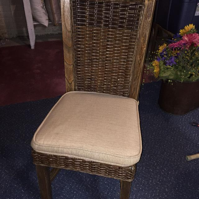 Poang Ikea Chair And Footstool additionally Burlap Dining Room Chair Cushions as well Dining Room Chair Seat Covers With Ties additionally Id F 757690 furthermore Home Loft Concept Erick Recliner Club Chair X1541430 NFN1600. on rocking chair cushion set