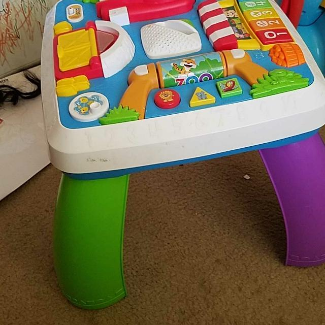 Fisher Price Smart Stages Sit And Stand Play Table 2