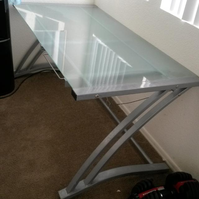 5ft Long 3ft Wide Gl Desk