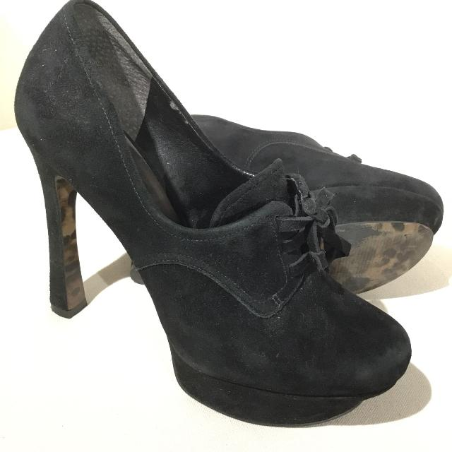b4c73e3d39 Best Guess- Black Suede Platform Shoes - Size 7.5 for sale in Richmond,  British Columbia for 2019