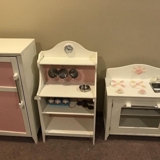 Pottery Barn Kids Kitchen set