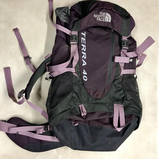 19dbd1f78 Used once! The North Face Terra 40 women's backpack. OBO!