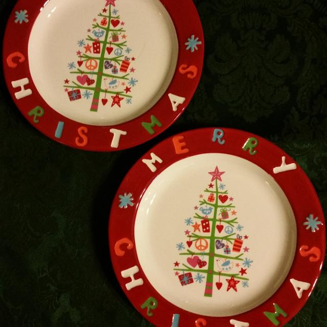 brand new 2 cracker barrel 8 merry christmas plates the peace love presents collection - Decorative Christmas Plates